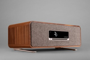 Ruark Audio R3 walnut